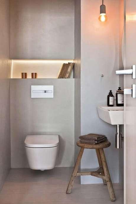 19. Invista em cores claras para a decoração de banheiro social pequeno – Foto: Home Adore