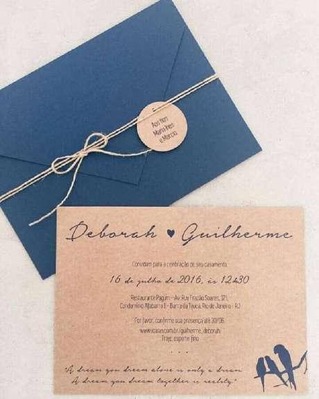 32. O laço de barbante aparece em muitos modelos de convite de noivado simples – Foto: Casar É…