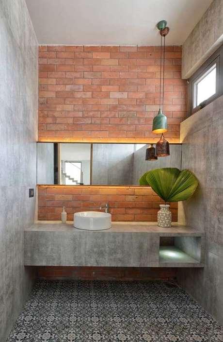 49. Papel de parede rustico concreto e tijolinho para banheiro – Foto Pinterest