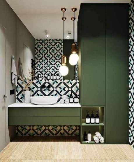 32. Decoração verde oliva para banheiro moderno – Foto: Home Fashion Trend