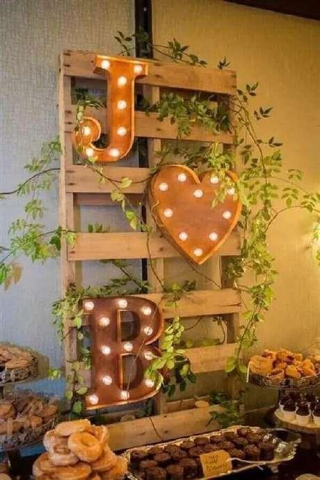82. Ideias para decoração de noivado simples – Foto: Artesanato Passo a Passo