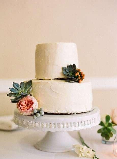 25. Bolo de noivado simples e rústico decorado com suculentas – Foto: Kreativ Welt