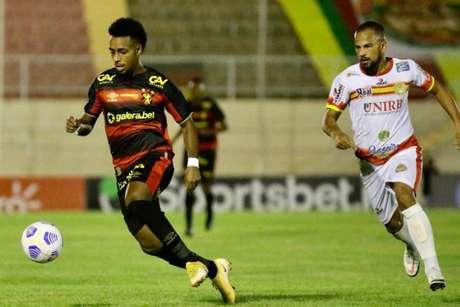 Confronto aconteceu no Estádio Adauto Pinheiro, em Juazeiro (Anderson Stevens/Divulgação/Sport)