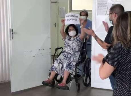Yudi Tamashiro comemora alta da mãe após internação por covid-19