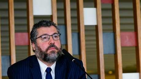 Araújo fazia parte da ala mais ideológica do governo