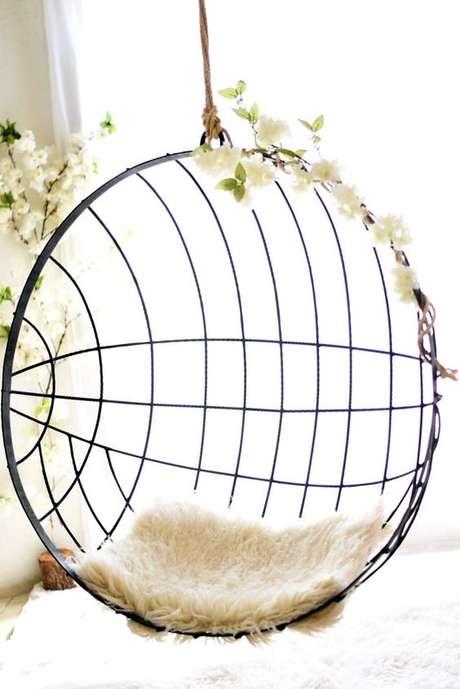 41. Cadeira de balanço suspenso de ferro – Foto Pinterest