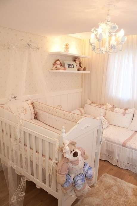 18. Lustre infantil com lustre provençal – Foto Vitral Arquitetura