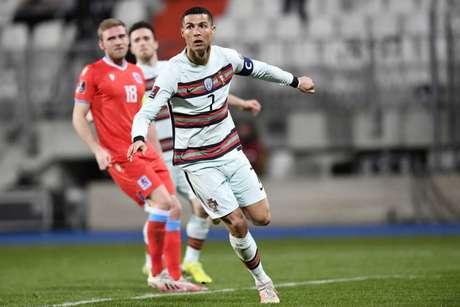 Cristiano Ronaldo não havia marcado gols nas duas primeiras rodadas das Eliminatórias (Foto: JOHN THYS / AFP)