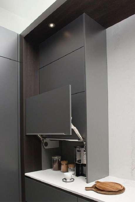 29. Modelo de armário com porta basculante. Fonte: Pinterest