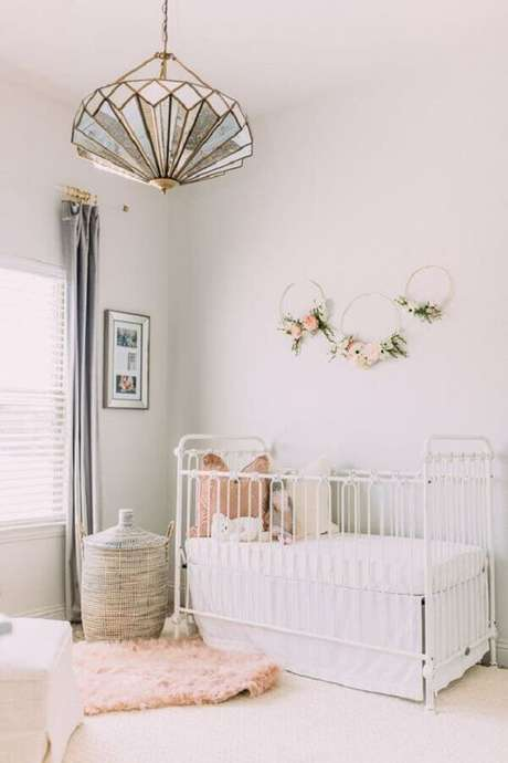 3. Lustre infantil para quarto de bebe chique – Foto Revista VD