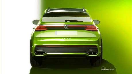 Traseira do Volkswagen Taigo traz para-choque com design inédito que simula duas saídas de escapamento na peça.