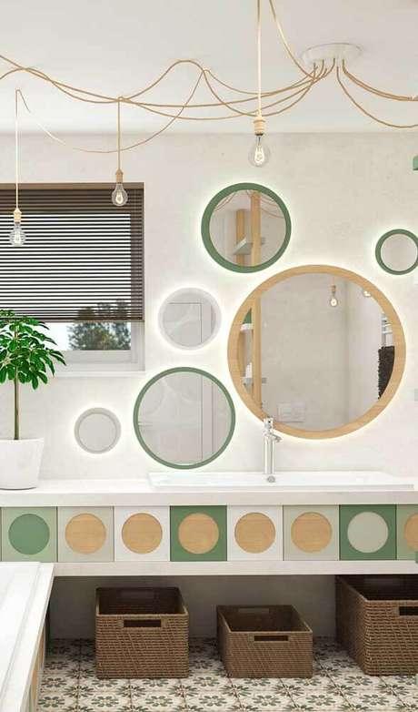 45. Moldura redonda e verde para banheiro moderno – Foto Pinterest