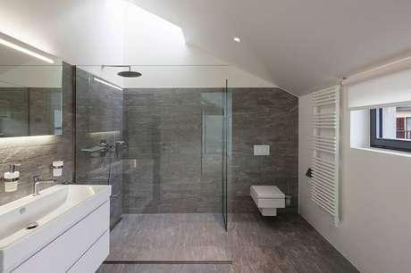 19. O piso cerâmico é uma alternativa mais econômica em relação ao mármore.