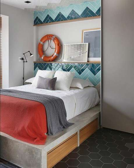 53. Quarto com revestimento de parede cerâmica em tons de azul -Foto Mandril Arquitetura