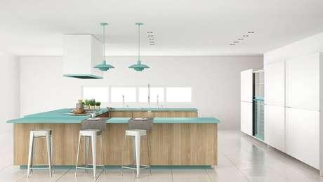 11. A cerâmica branca é uma ótima alternativa para a cozinha ficar mais clara e ampla.