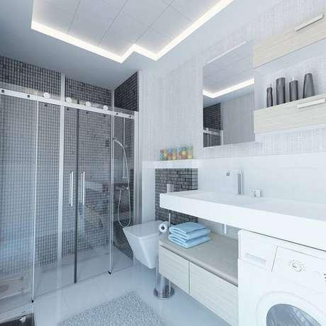 17. Os tapetes de banheiro são recomendados para a cerâmica, que é um piso gelado.