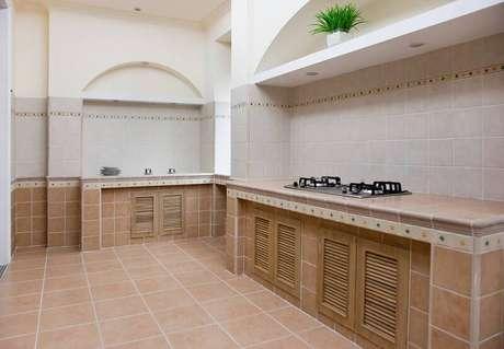 13. O piso de cerâmica pode deixar a cozinha mais aconchegante.