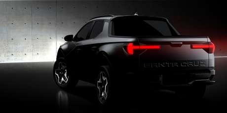 Caçamba da picape Hyundai Santa Cruz terá abertura convencional, para baixo.