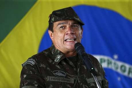 Bolsonaro escolhe general Paulo Sérgio para comandar Exército