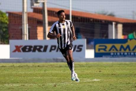 Oliveira é um dos reforços do Ceará para a temporada (Foto: Felipe Santos/cearasc.com)