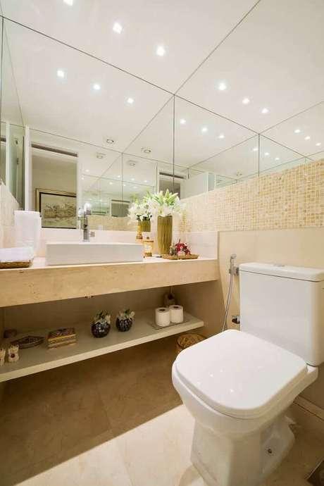 45. Banheiro com revestimento bege – Foto Homify