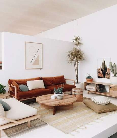 4. O estilo japandi faz uso de móveis e objetos em madeira, bambu, vime, cerâmica. Fonte: Pinterest
