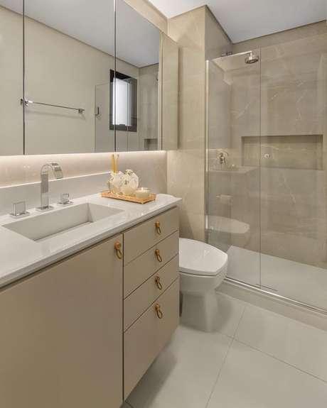 18. Revestimento bege para banheiro – Foto Pintrest