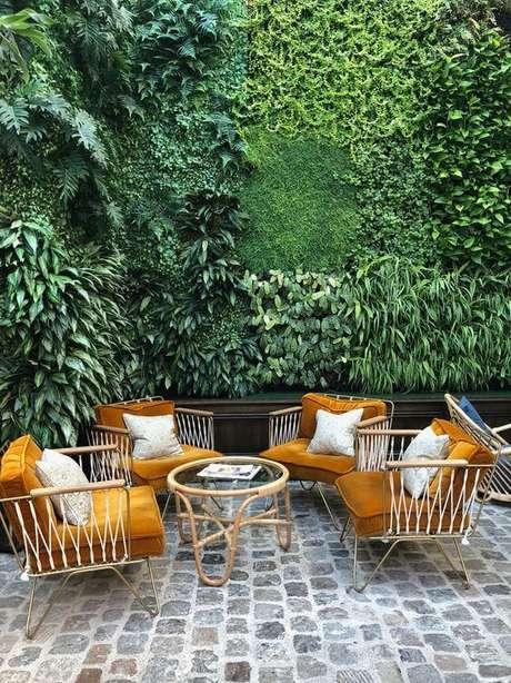 6. Conjunto de cadeira para área externa com almofada – Foto Pinterest