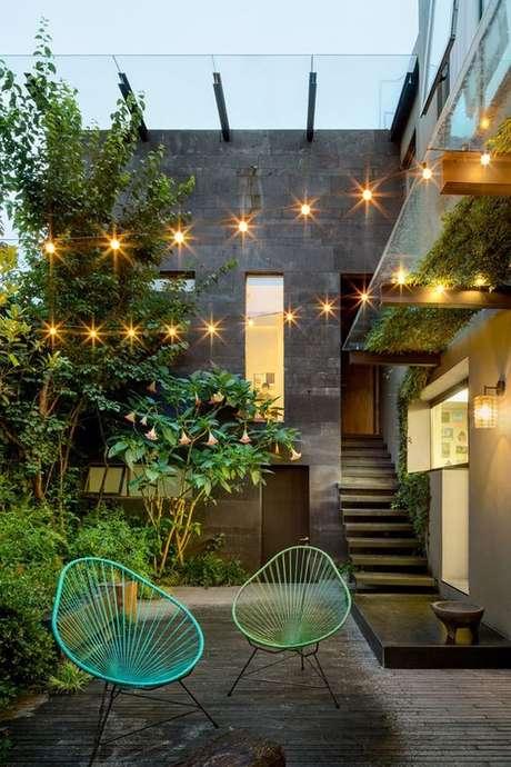 27. Cadeira para área externa do tipo acapulco – Foto Casa Vogue