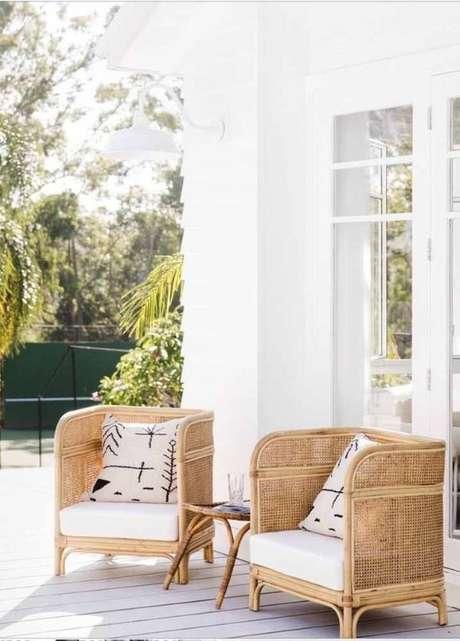 32. Conjunto de cadeira para área externa com almofada – Foto Pinterest