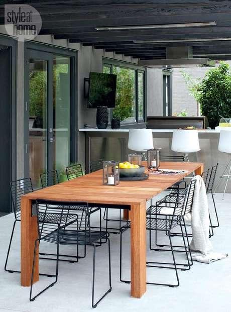 4. Varanda com cadeira para área externa – Foto Style ar Home