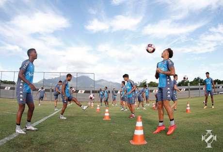 Vasco treinou com novidades: os jovens Marlon Gomes e Caio Eduardo foram relacionados (Rafael Ribeiro/Vasco)