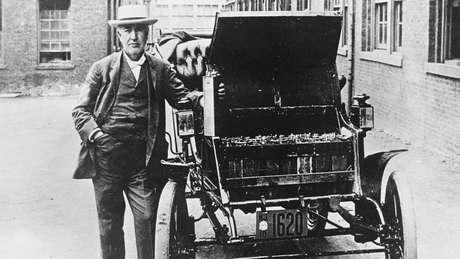 Thomas Edison era o orgulhoso proprietário de um carro elétrico