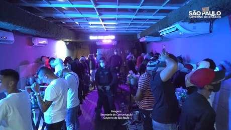 Festa clandestina com mais de 100 pessoas é autuada na zona leste de SP