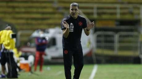 Marcelo Cabo ficou satisfeito com o desempenho do Vasco diante do Bangu (Rafael Ribeiro/Vasco)
