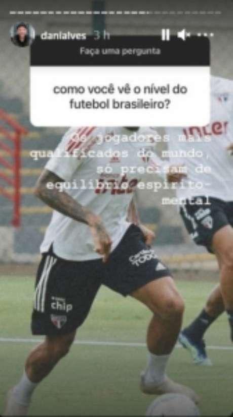 Resposta de Dani Alves a seguidor (Foto: Reprodução/Instagram)