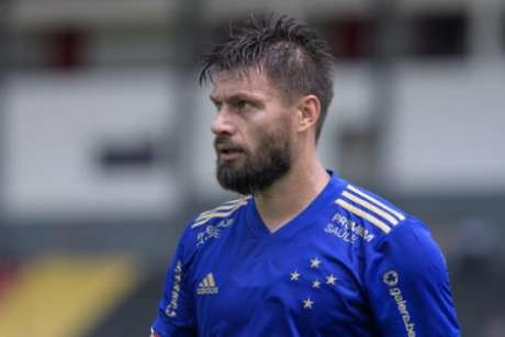Sobis jogou como titular pela segunda vez seguida e fez o gol da vitória da Raposa sobre o Boa-(Gustavo Aleixo/Cruzeiro)
