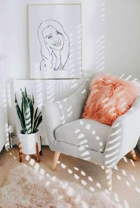 45. A poltrona pé palito deixa a decoração ainda mais bonita. Fonte: Pinterest