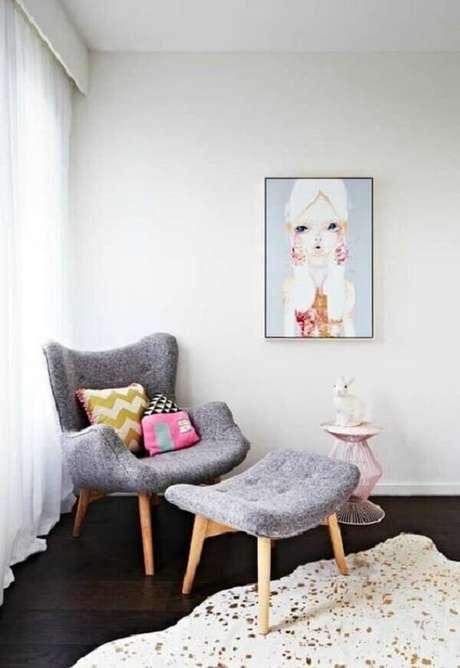 33. Decore o quarto com poltrona decorativa pé palito. Fonte: Pinterest