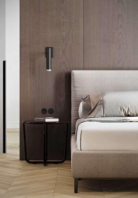 33. Decoração moderna com luminária de parede quarto – Foto: Original Home