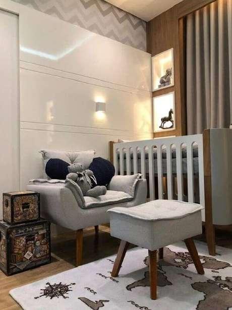 9. A poltrona decorativa opala pé palito decora o quarto de bebê. Fonte: Amazon