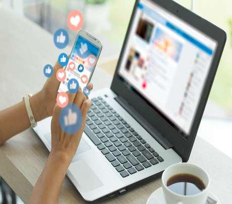 Uso tóxico das redes sociais - Shutterstock