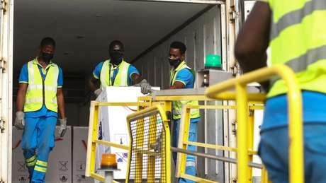 Gana foi o primeiro país a receber uma remessa de vacinas da Covax em fevereiro