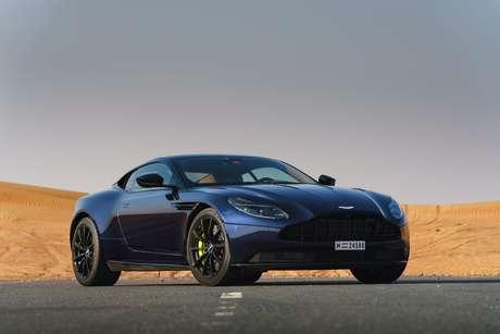 Aston Martin DB11 AMR é equipado com motor V12 5.2 biturbo de 630 cv de potência.