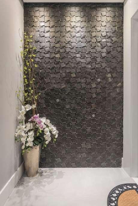52. Lavanderia preta com azulejo 3D – Foto Idealizzare Arquitetura