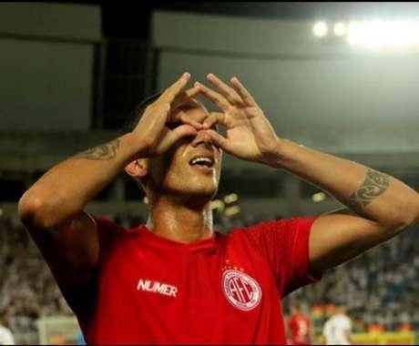 Tiago Orobó se destacou no América de Natal (Diego Simonetti/América FC)