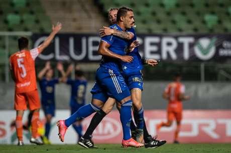 Pottker fez o primeiro gol da Raposa na vitória sobre o Coimbra-(Bruno Haddad/Cruzeiro)
