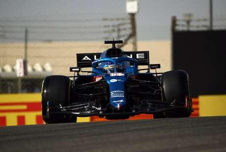 Fernando Alonso surpreendeu e colocou a Alpine em nono no grid