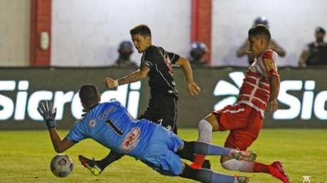 Gabriel Pec marcou o primeiro gol do Vasco (Rafael Ribeiro/Vasco)