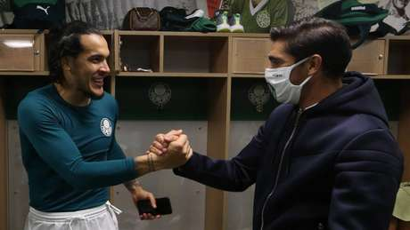 Gómez e Abel apresentam boa relação no Verdão (Foto: Cesar Greco/Palmeiras)